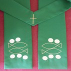 Loaves and Fishes Clergy Stole