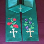 Poppies and Grapevine Clergy Stole